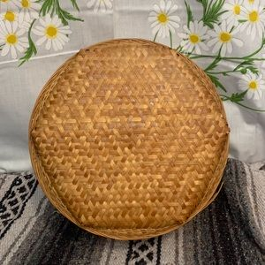Vintage Accents - Vintage bamboo woven round hat box